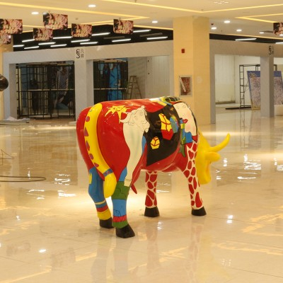玻璃钢牛雕塑