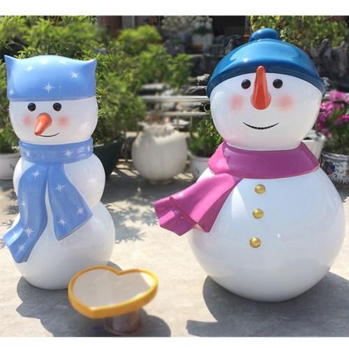 玻璃钢雪人雕塑