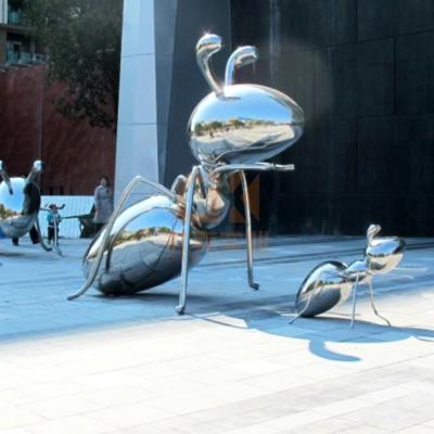 不锈钢蚂蚁雕塑