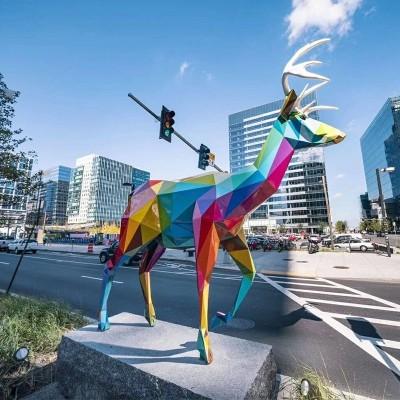 不锈钢抽象雕塑和玻璃钢抽象雕塑,那种抽象雕塑好?