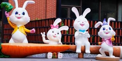 玻璃钢兔子创意萝卜座椅,户外幼儿园儿童小区都喜欢摆放!