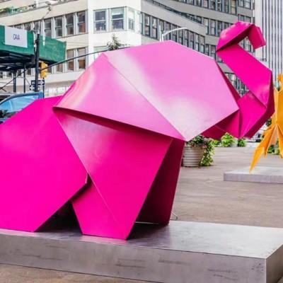 不锈钢抽象异形切面动物雕塑,2021都摆这样的款式