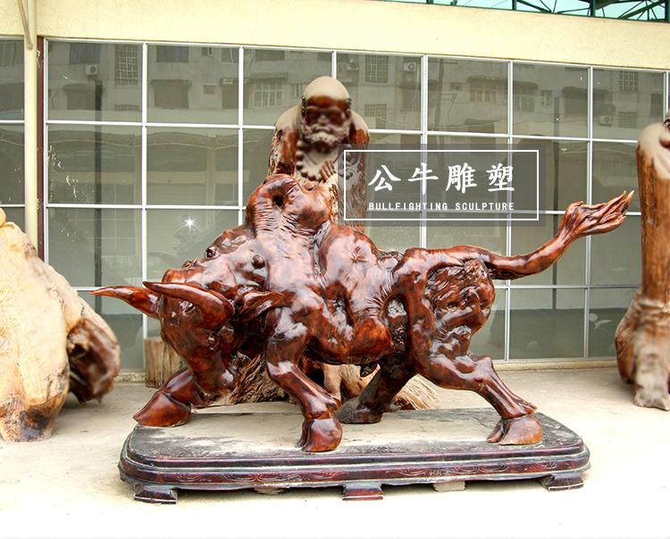 木艺公牛雕塑
