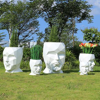 玻璃钢景观花盆不可替代的装饰作用!
