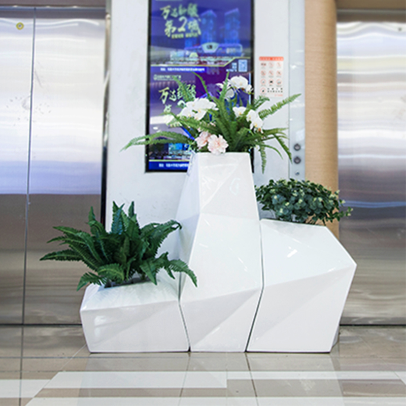 玻璃钢定制花盆有特点介绍!