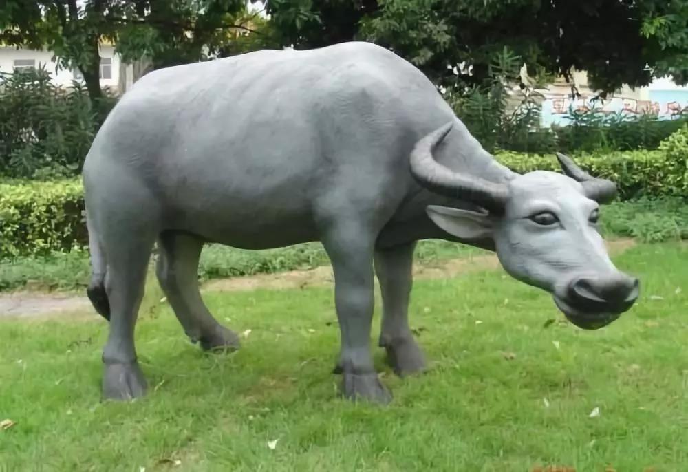 雕塑用玻璃钢材质好不好?