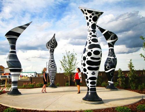 揭秘:国外美妙绝伦的猪笼草玻璃钢雕塑
