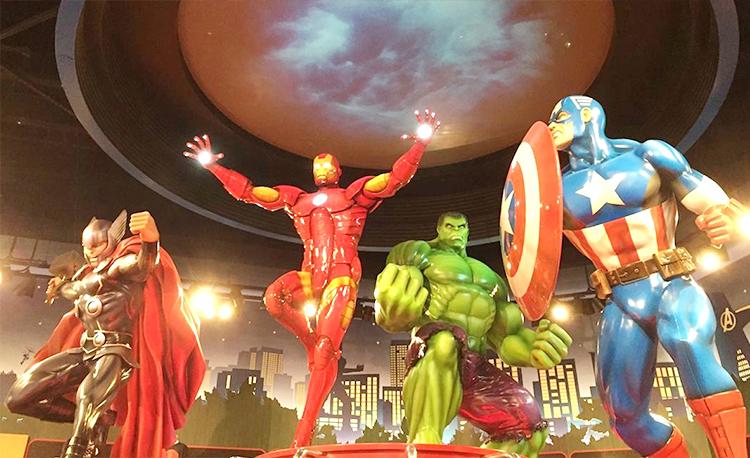 玻璃钢漫威英雄雕塑