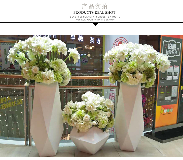 玻璃钢花盆和普通花盆对比,有你想不到的优势!