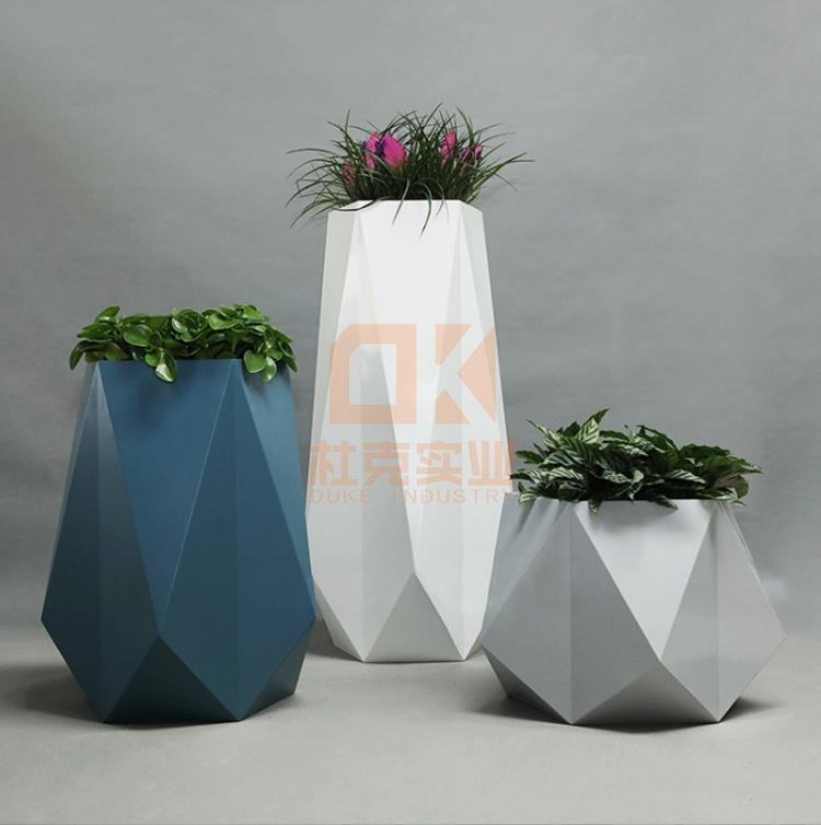 玻璃钢菱形花器