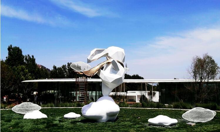 玻璃钢兔子雕塑,可爱园艺雕塑!