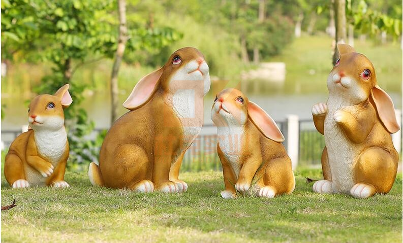 玻璃钢仿真兔子雕塑,萌萌哒的兔兔!