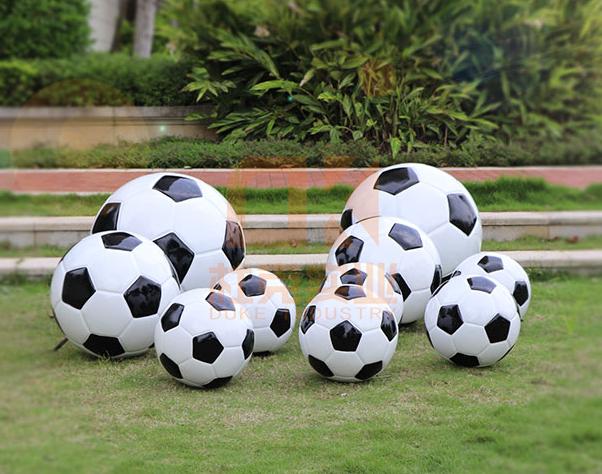 玻璃钢足球雕塑,体育精神文化主题必备!