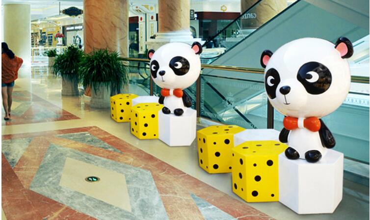 创意熊猫雕塑座椅,商场美陈雕塑座椅首选!