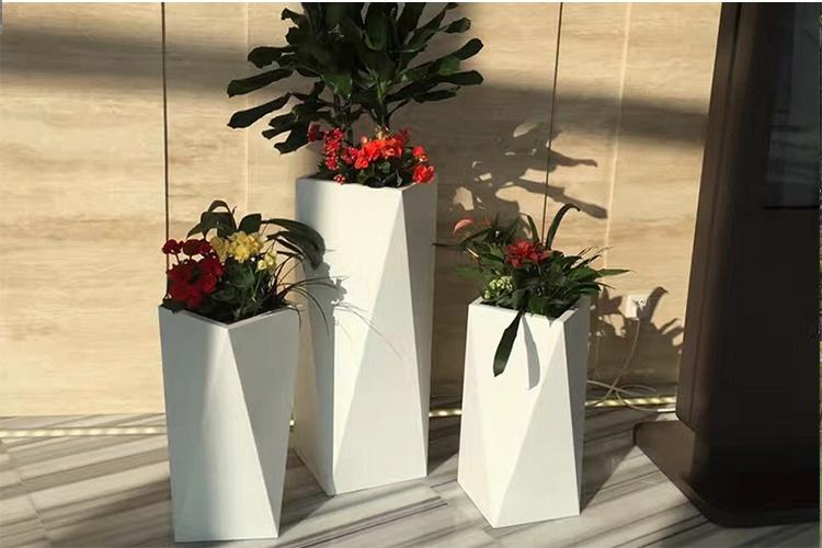 玻璃钢花盆厂家,生产的玻璃钢花盆!