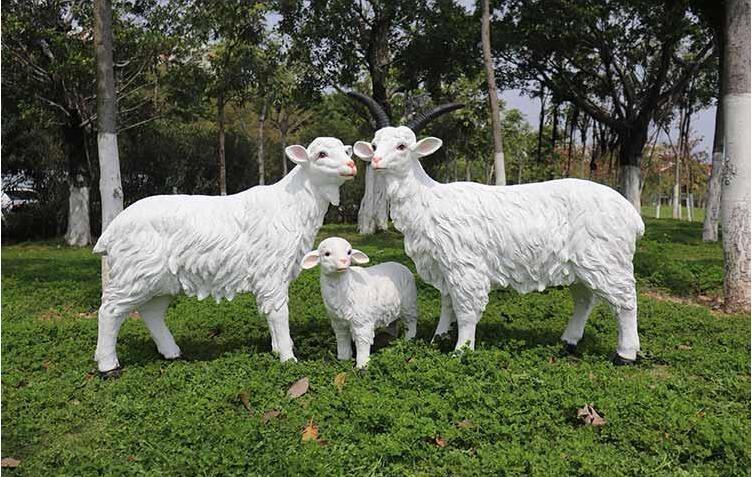 玻璃钢三羊开泰雕塑,吉祥如意!
