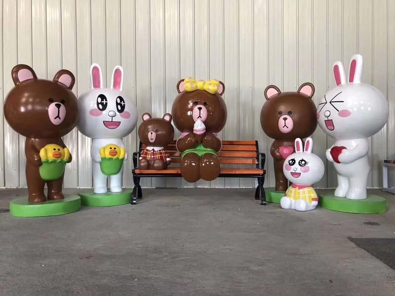 玻璃钢拍照框熊雕塑,互动美陈雕塑摆件都选这一款!