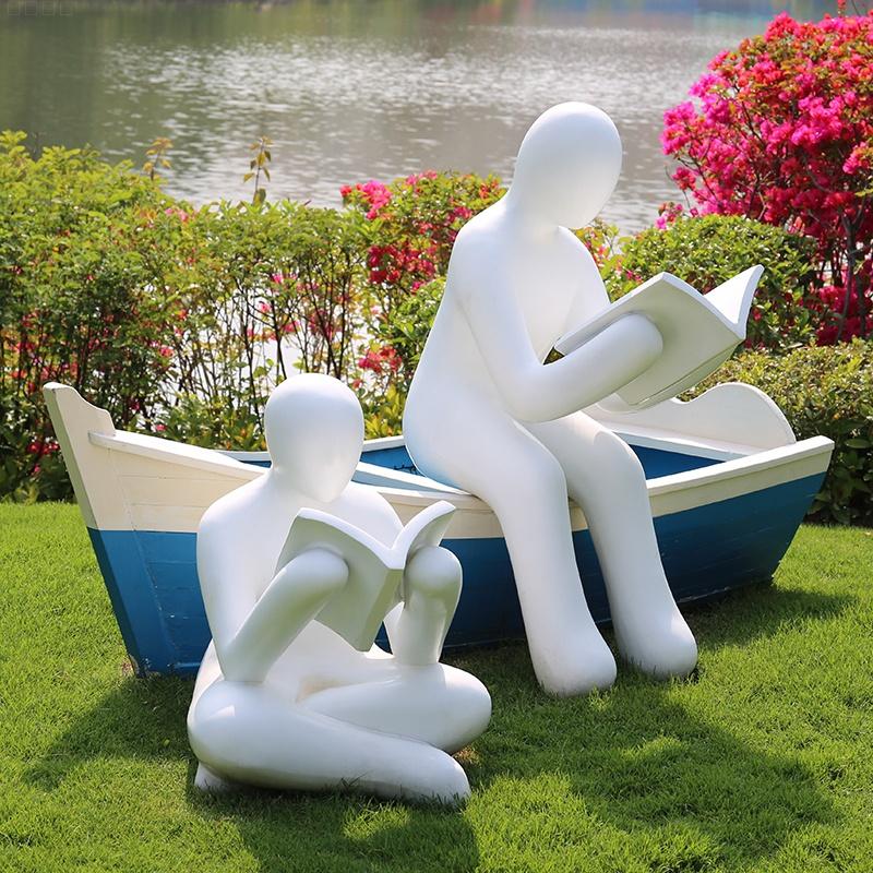 校园、幼儿园雕塑坐凳摆件都喜欢摆放什么呢?